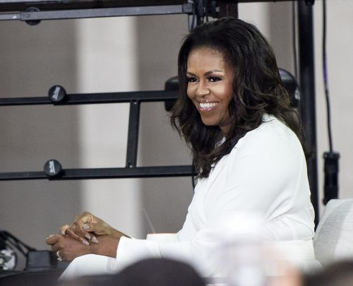 "Michelle Obama's ""Black Girl Magic"" Spotify Playlist Features Chloe X Halle & Beyoncé"