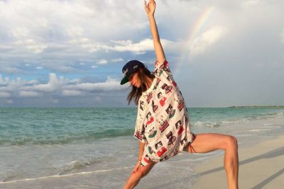 Want To Spark Creativity & Drop All Your Stress? This Yoga Sequence Will Do The Trick