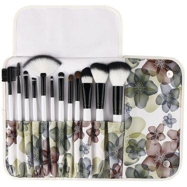 The 5 Best Travel Makeup Brushes
