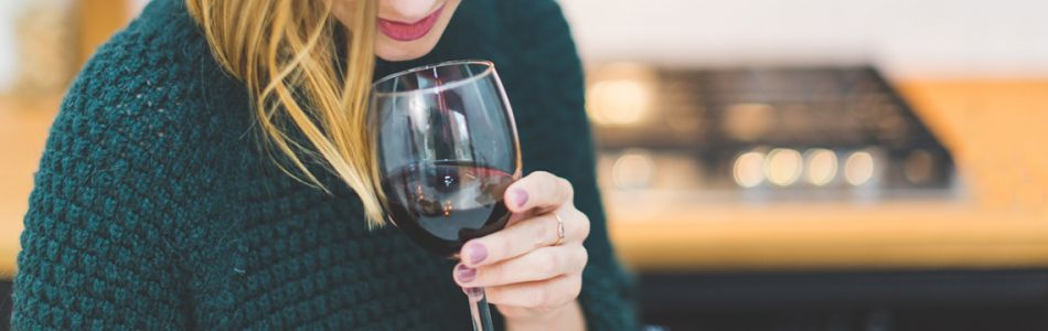 Wine & Beauty: What You Really Need to Know About Your Night Cap