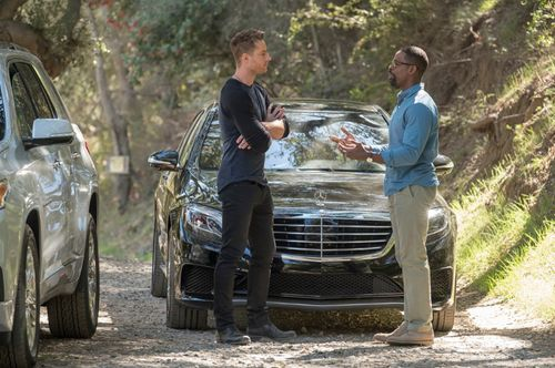 Justin Hartley's 'This Is Us' Season 3 Details Will Get You Pumped For Fall - EXCLUSIVE