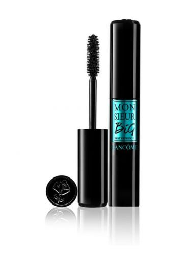 This Is The Best Waterproof Mascara Of 2018, According To Pinterest, & I Need It Now