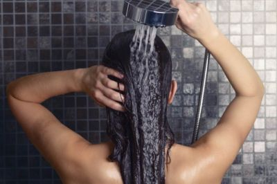 13 Stylist-Approved Tricks for Having the Shiniest Hair Ever