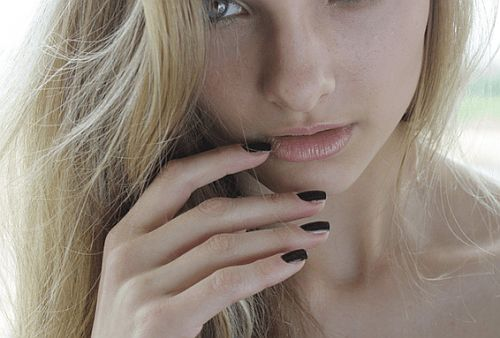 Every Step You Need to Know About for a Flawless DIY Manicure