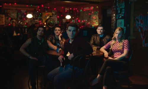 Will Kevin & Fangs Get Married In 'Riverdale' Season 5? This Theory Makes Sense