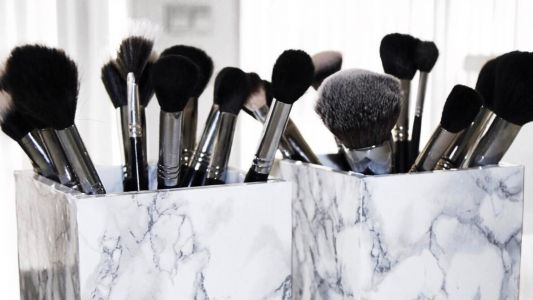 This DIY Marble Makeup Brush Organizer Will Make You Feel Like a Fancy Beauty Blogger