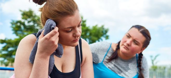 9 Reasons Why Women Struggle to Lose Weight + Solutions