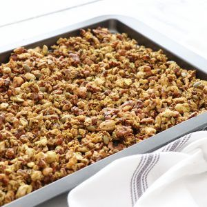 EASY, HEALTHY, PALEO GRANOLA
