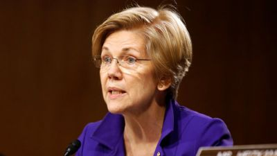 Elizabeth Warren Calls For Democrats To Embrace Single-Payer Health Care
