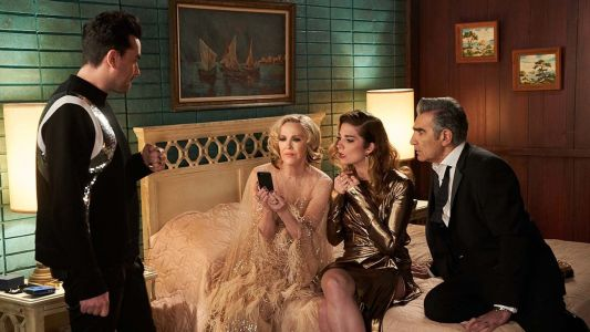 These 'Schitt's Creek' Group Chat Names For Family Are Full Of Schitts & Giggles