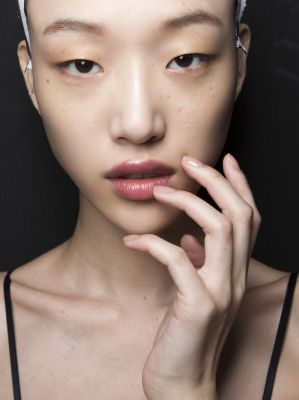 What Do Estheticians Really Think of Charcoal Peel-Off Masks?