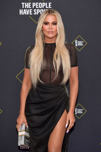 """Khloé Kardashian's Response To Haters Saying She Got A """"Face Transplant"""" Is Hilarious"""