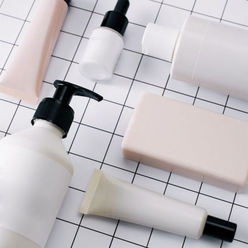 Should You Switch Over to Fragrance-Free Shampoos? We Investigate