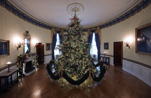 Trump's 2018 Vs. Obama's 2010 Christmas Decorations Are Drastically Different
