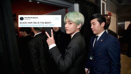 V From BTS' New Black Hair At The Fact Music Awards Is Naturally Making Fans Swoon