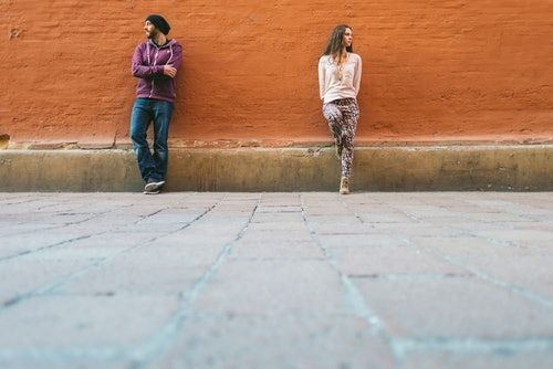 Is Fighting In Public Bad For Your Relationship? Therapists Explain Why There's No Simple Answer