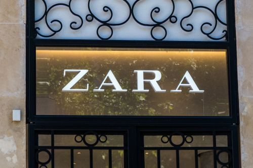 When Does Zara's Black Friday 2020 Sale Start? This Is What To Expect