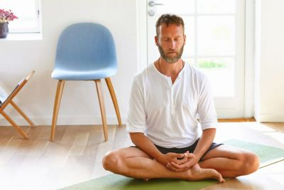 5 Reasons Every Man Should Give Meditation A Try