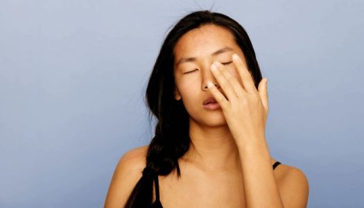 """Before You Try """"Cleansing"""" Or """"Detoxing"""" Away Your Acne, Read This"""
