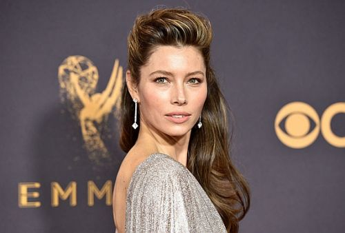 You Need This Mousse If You Want to Pull Off Jessica Biel's Emmy Hair