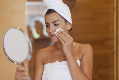 The Easiest Way to Remove Makeup After a Long Day