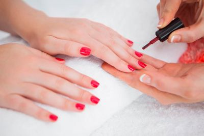 Warning: Many Nail Salons Are Using This Cancer-Causing Ingredient