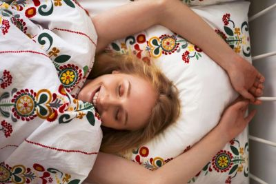 What To Eat At Night For Glowing Skin + 4 More Ways To Wake Up Feeling Beautiful