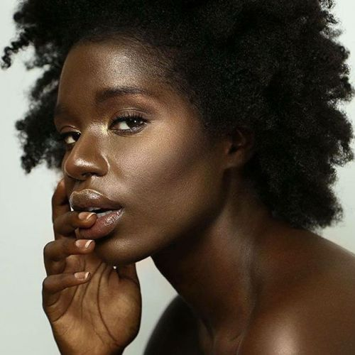 Yes, Dark Skin Tones Can Wear Bronzer-These Shades Are Proof