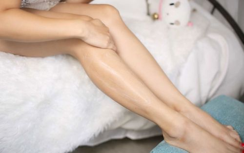 How To Exfoliate Your Legs