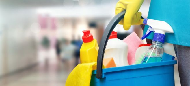 Home Cleaning Products Bombshell: Exposure Equivalent to Smoking 20 Cigarettes a Day, Study Says