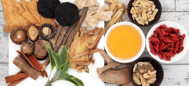 15 Top Chinese Herbs & Superfoods to Boost Health