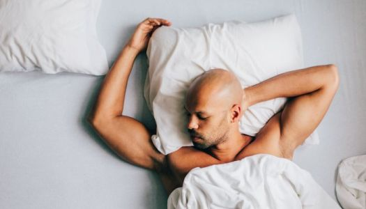 How This Biohacker Uses Reverse Intermittent Fasting To Improve His Sleep