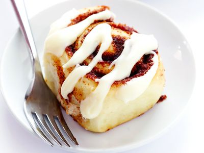 These Luscious Cinnamon Rolls Will Make You Want To Wake Up Early With Your Kids