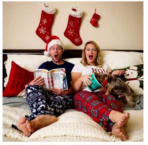 Holiday Themed Pregnancy Announcement Ideas