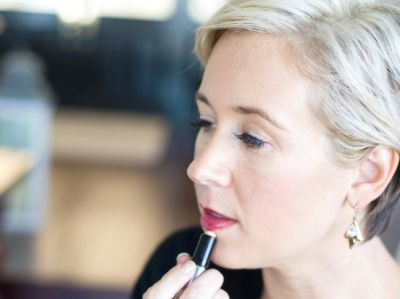 How to Plump Up Your Lips Without Injections