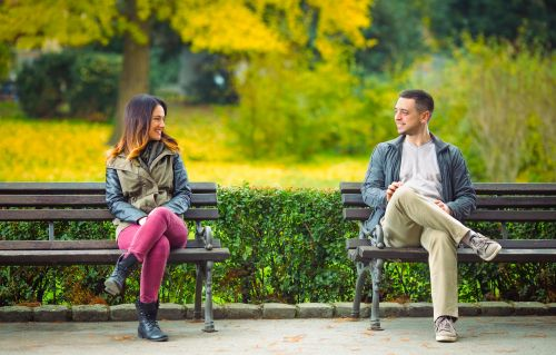 10 Socially Distant First Date Ideas That Are Both Safe & Sweet