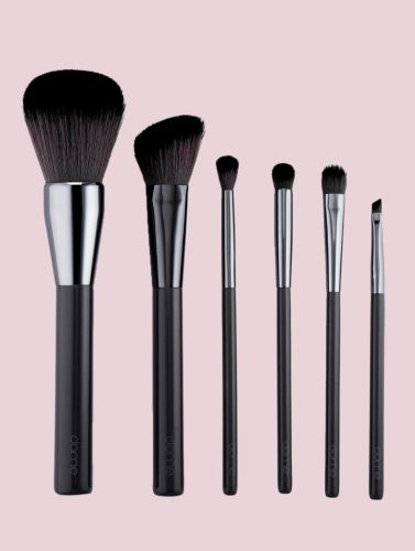 Charcoal-Infused Makeup Brushes Are A Thing, But Do They Work?