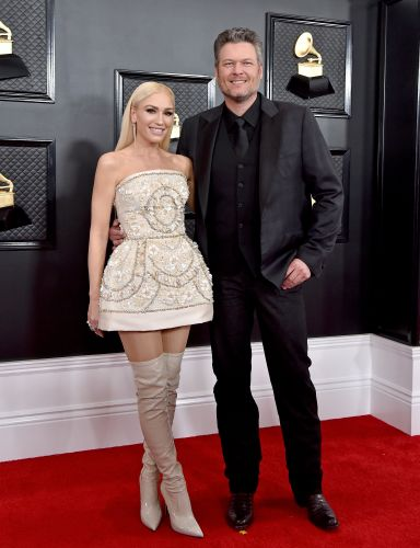Gwen Stefani & Blake Shelton's Engagement Instagram Shows Off A Stunning Ring