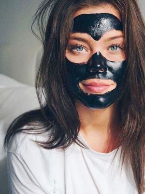 FYI: Charcoal Soap Should Be in Your Skincare Routine