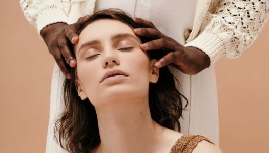 Just A Whole Bunch Of Reasons To Give Yourself A Scalp Massage Like Right Now