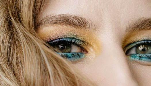How To Tell If You Have Hooded Eyes & 9 Makeup Tips To Make Them Pop