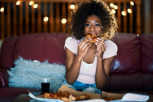 BonusFinder's Netflix & Pizza Job Will Pay You To Chow Down While Watching TV