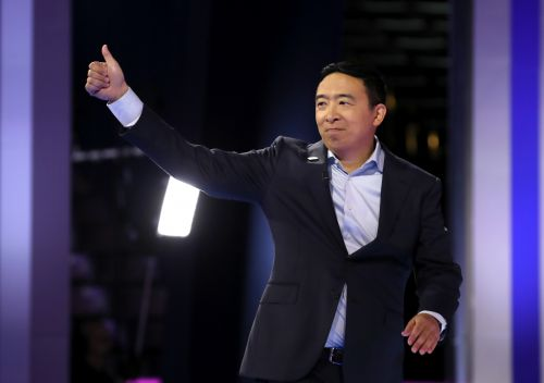 "Here's How To Enter Andrew Yang's ""Freedom Dividend"" Raffle From The Sept. 12 Debate"