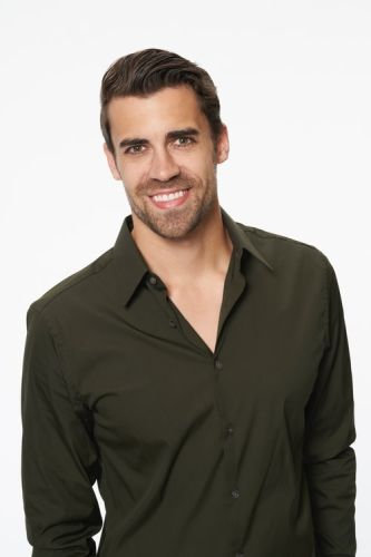 Tweets About Rick From 'The Bachelorette' Looking Like Celebs