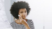 Do Makeup Wipes Clean Your Face Properly? Dermatologists Weigh In
