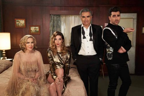 3 Last-Minute 'Schitt's Creek' Couple's Costumes That Are Simply The Best