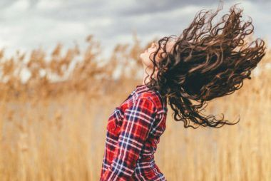 8 Reasons Honey Is the Hair-Transforming Miracle You've Been Searching For