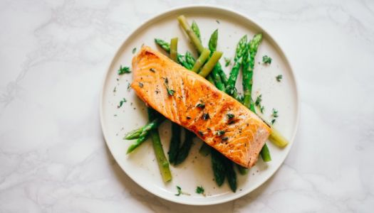 I'm A Holistic Derm & This Is My Go-To Dinner For Glowing, Plump Skin