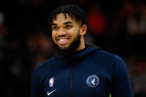 Who Is Karl-Anthony Towns? Jordyn Woods' New Man Is Kind Of A Big Deal
