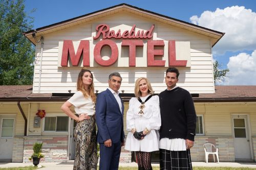 The Tweets About 'Schitt's Creek's 2020 Emmys Wins Are Simply The Best